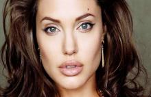 Angelina Jolie šokirala sve: Dosta mi je muškaraca, postajem lezbejka! (FOTO)