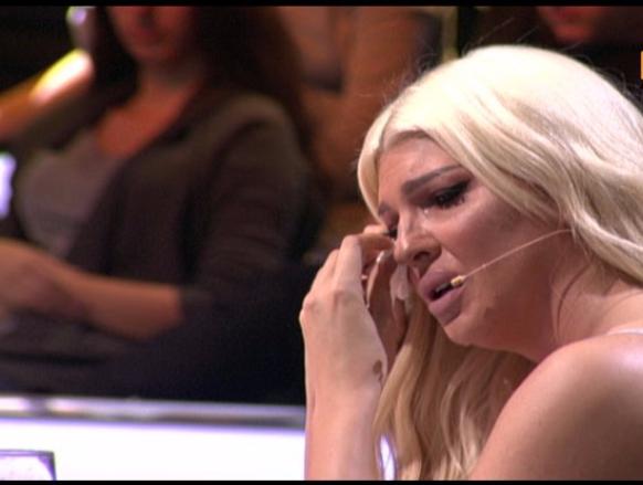 Jelena Karleuša nije mogla zaustaviti suze u Zvezdama granda…